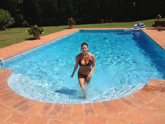 Chambres d'hotes Le Point d'Orgue: Pool