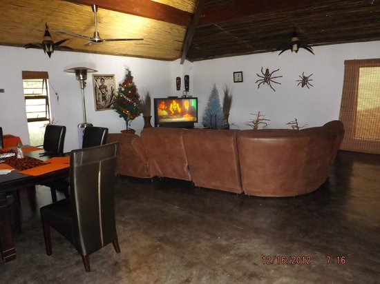 Tremisana Game Lodge: MoAfrica lounge