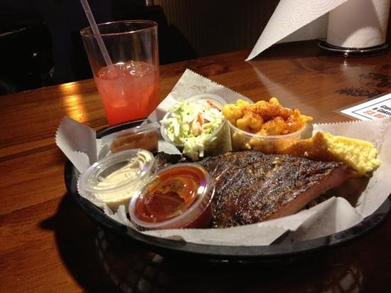 MoMo's BBQ and Grill: my dinner