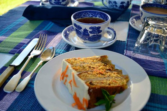 The Hermitage Plantation Inn: afternoon tea with carrot cake
