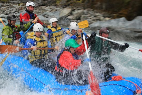 Ecorafting - Day Tours: Extreme heli rafting on the Whataroa