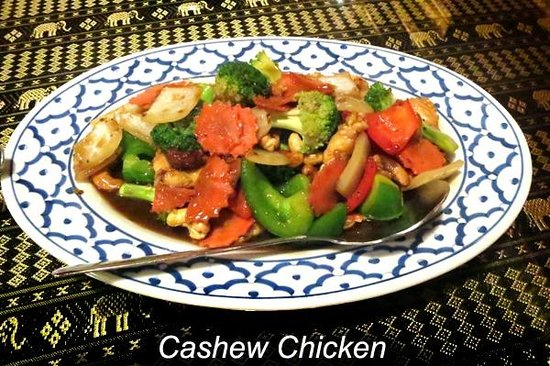 Mango Salad: Cashew Chicken