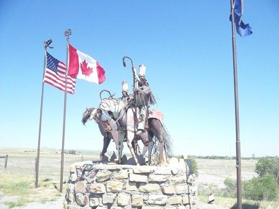 Blackfeet Indian Reservation: magestic statues
