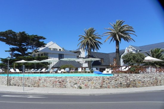 Harbour House Hotel: From the street