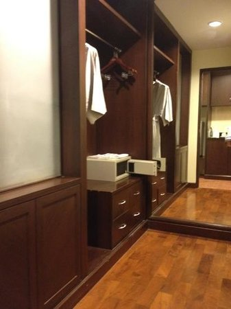 Le Casa Bangsaen Hotel: dressing room