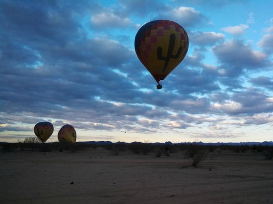 Hot Air Expeditions: Early morning flight
