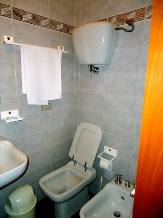 Residenza di Via Piccardi: bathroom