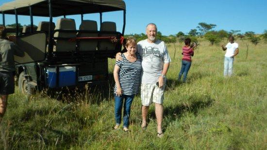 Elephant Rock Private Safari Lodge: Mike & Linda enjoying a break during Game drive 08/12/12