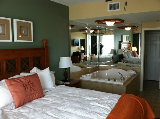 Westgate Myrtle Beach Oceanfront Resort: huge bedroom