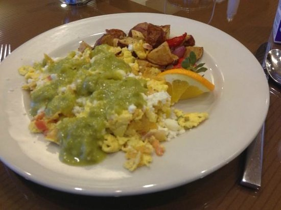 Hilton Houston Plaza/Medical Center: Migas at breakfast