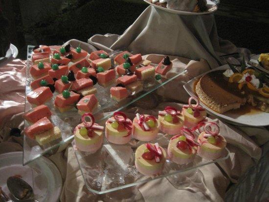 Buffet Di Dolci Di Natale : Buffet di dolci cena della vigilia di natale picture of paradise
