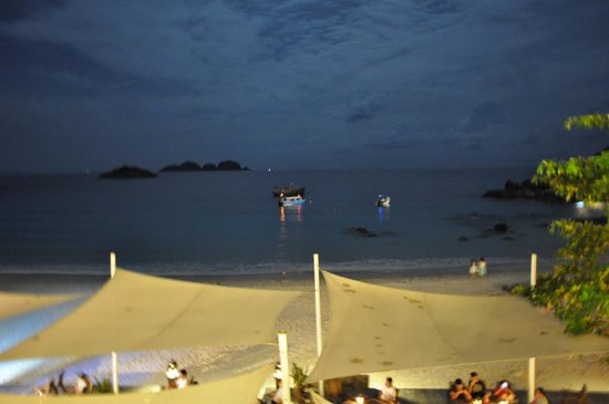 Laguna Redang Island Resort: Beach Area