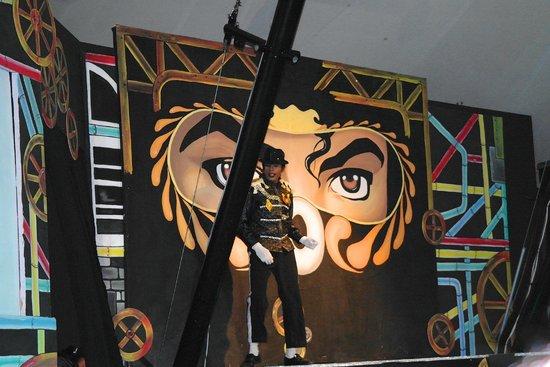 Club Med Kani: Michael Jackson Show