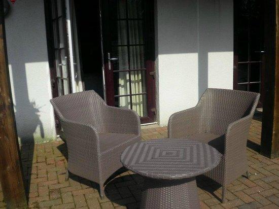 Whitbarrow Village: patio