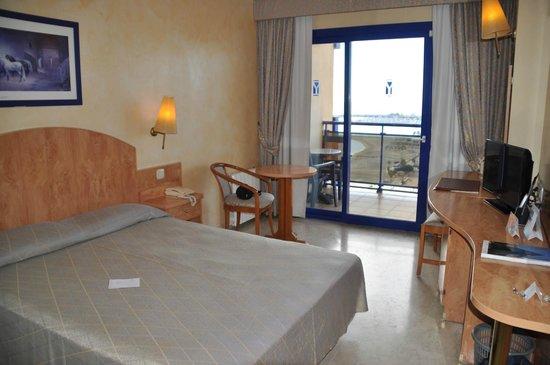 Yaramar Hotel : La chambre