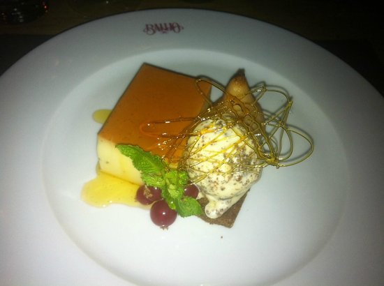 Banjo : Creme caramel dessert - heavenly!