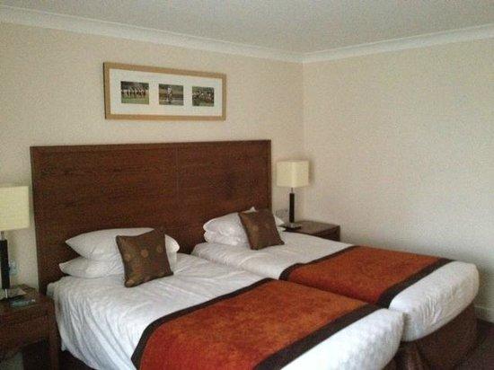 Mercure Haydock Hotel: Twin beds