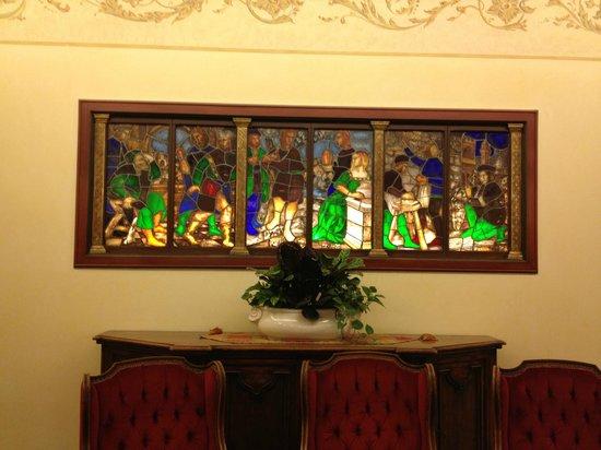 Abano Ritz Terme: Particolare di un salotto del salone dll'hotel
