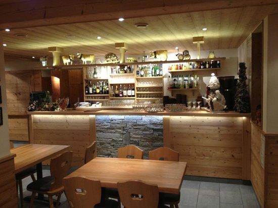 Hotel Les Prodains: Resto