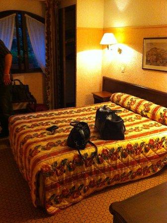 Le Manoir: La chambre