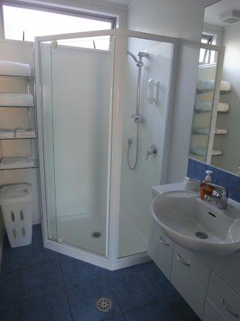 Marine Reserved Apartments : bathroom # 6