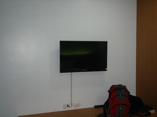 The Great@Patong Residence: a very nice flat screen tv with cable