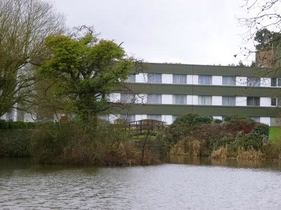 Holiday Inn Bristol - Filton: Hotel and grounds