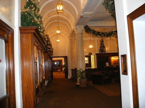 The Palace Hotel: Reception area