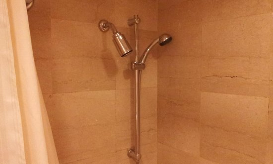 Hotel Sintra: bath room