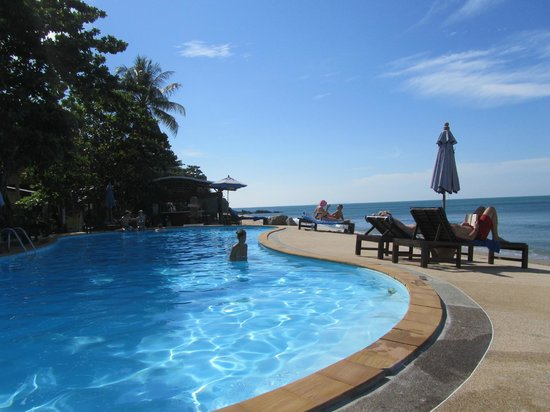 Amantra Resort & Spa: Poolbereich