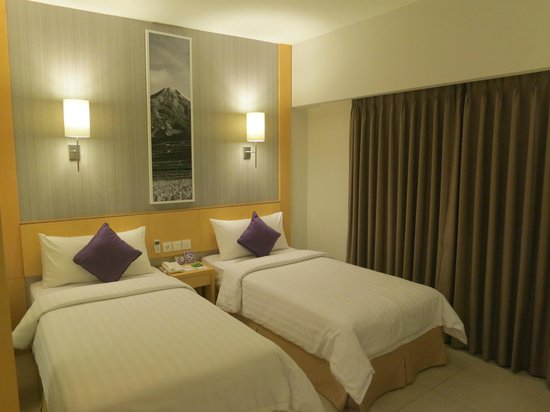 Quest Hotel Kuta: Twin room
