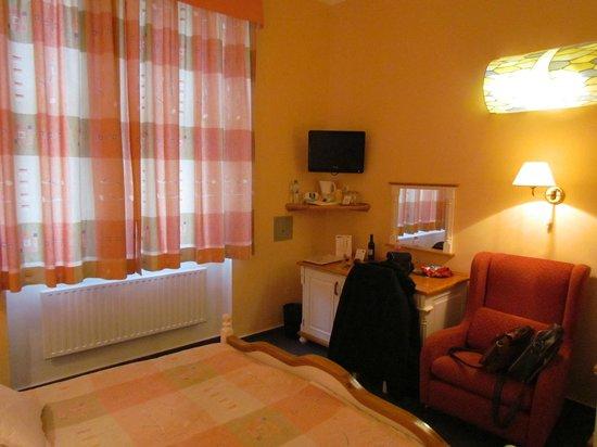 Hotel Julian: Room