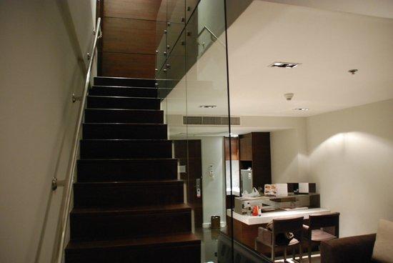 S31 Sukhumvit Hotel: Duplex Suite - Living Room