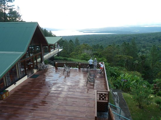 Arenal Observatory Lodge & Spa: Lodge mit Arenal See