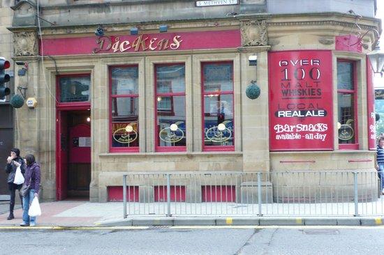 Dickens Bar & Malt House