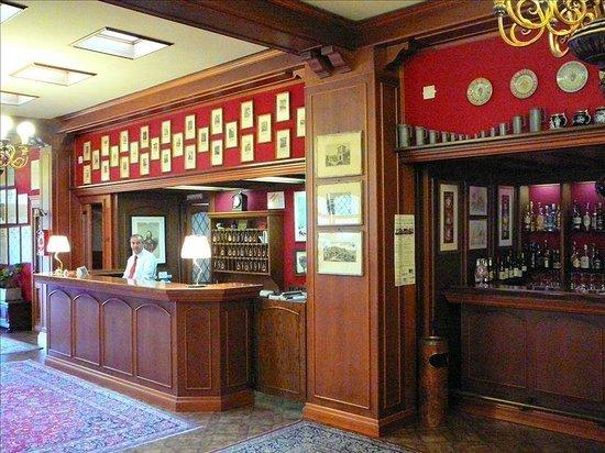 Hotel Citta dei Mille: Ресепшн