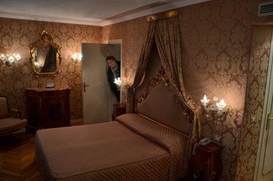 Venezianische Einrichtung - Bild von Hotel Antico Doge, Venedig ...