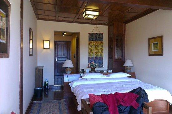 โรงแรมซองซัมแชงกรีลา: Songtsam Hotel Lugu, double room