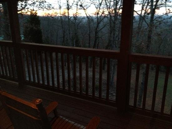 Mountain Top Inn: Sunrise View from Lodge Room #7