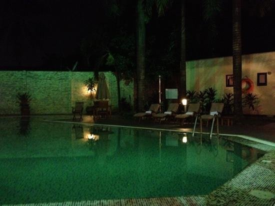 The Moorhouse Ikoyi Lagos - MGallery Collection: Pool in the night