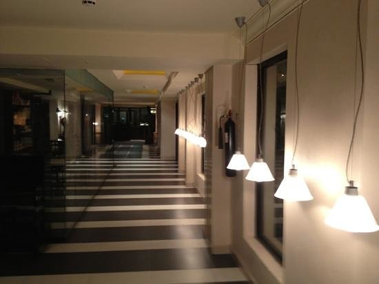 The Moorhouse Ikoyi Lagos - MGallery Collection: Nice lighting