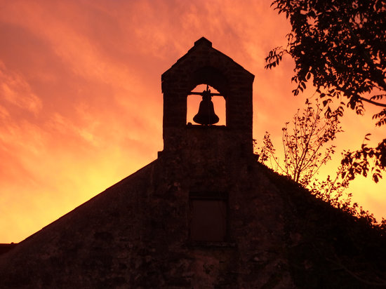 Cefn-y-Dre Country House Bed & Breakfast: Sunset behind our Belltower