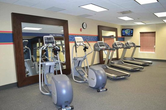 Hampton Inn & Suites Edgewood/Aberdeen-South: Hampton Inn & Suites - Maintain Your Fitness Program