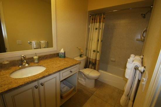 An Island Getaway at Palm Tree Villas: Bathroom