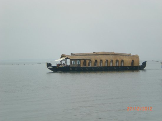 Paradise Resorts: House Boat at Paradise Resort