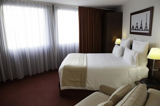โรงแรมคองคอร์ด มงปาร์นาสส์: Chambre Deluxe