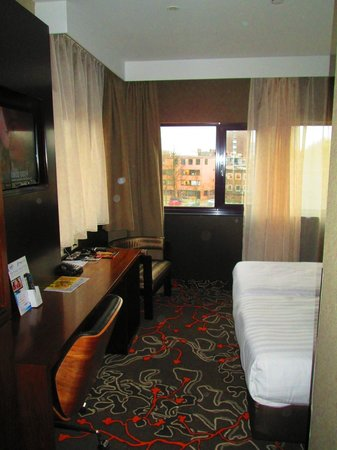 Hotel Golden Tulip Amsterdam West: Room View
