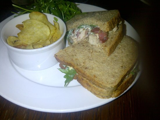 The Bell Inn: Chicken, bacon and mayonnaise sandwich