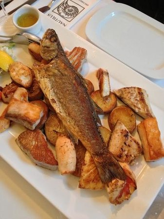Nautilus Fischrestaurant : Nautilus fish platter for two