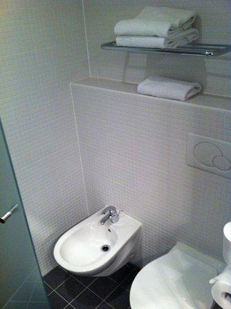 Van der Valk Hotel Rotterdam-Blijdorp: WC